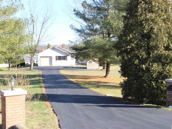 14 Hines Dr, East Berlin, PA 17316