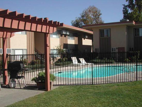 315 S Crescent Ave APT 303, Lodi, CA 95240