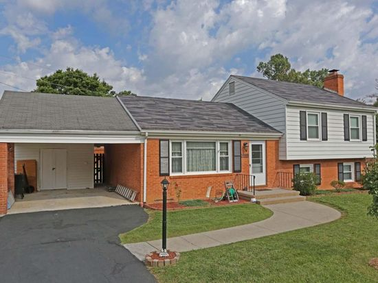 3505 Old Towne Rd, Roanoke, VA 24018