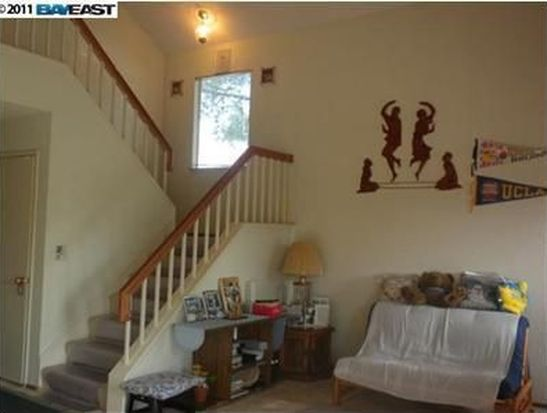 4456 Red Oak Cmn, Fremont, CA 94538