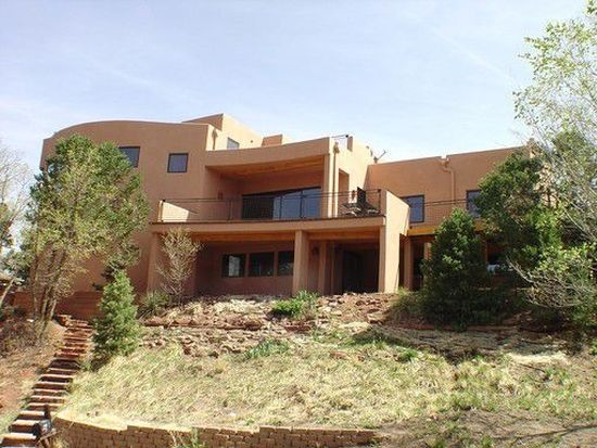 3 Sutherland Pl, Manitou Springs, CO 80829