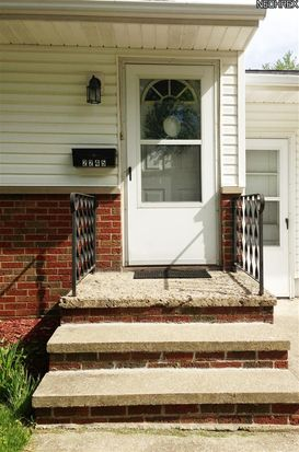 2245 Congo St, Akron, OH 44305