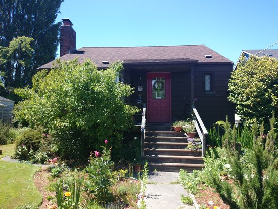 7549 29th Ave NW, Seattle, WA 98117