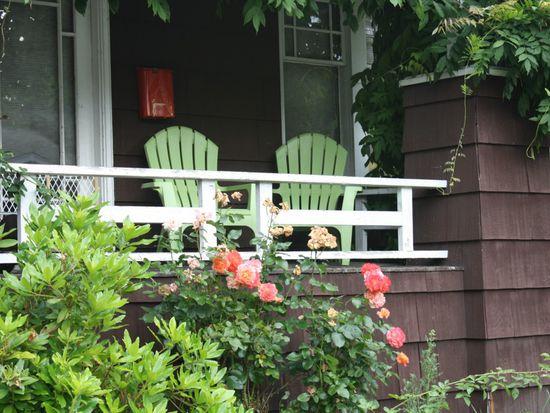 5326 9th Ave NE, Seattle, WA 98105