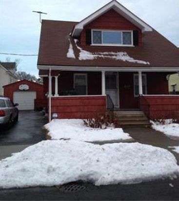 38 Northwood St, Chicopee, MA 01013