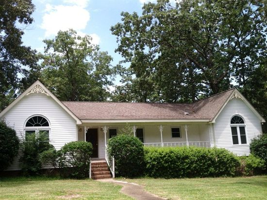 807 Waterford Rd, Andalusia, AL 36420