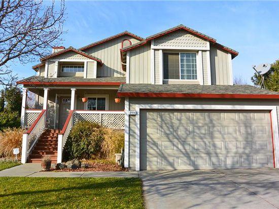 249 Cole Ct, Woodland, CA 95695