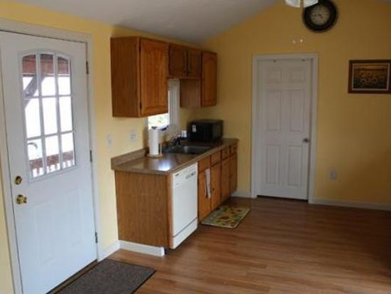 21 Tarbell St # A, Pepperell, MA 01463