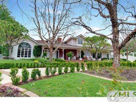 5221 Round Meadow Rd, Hidden Hills, CA 91302