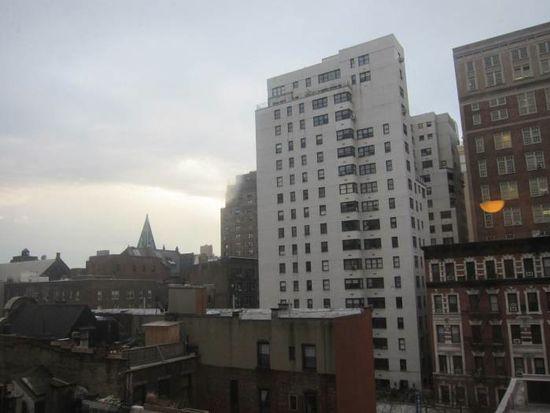 165 Christopher St, New York, NY 10014