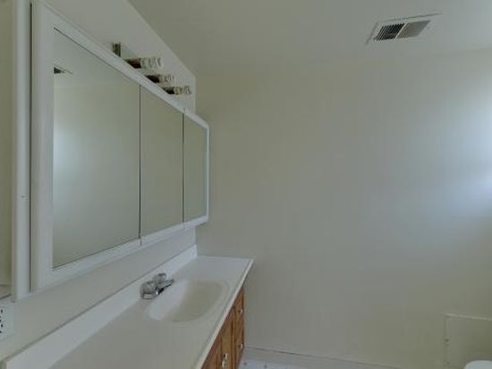 751 Lakebird Dr, Sunnyvale, CA 94089