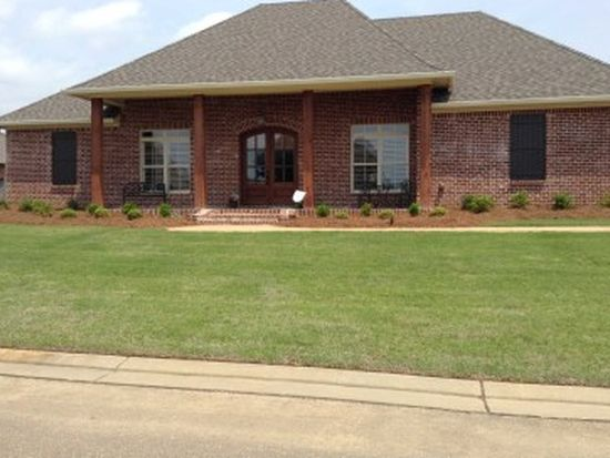 152 Harbor View Dr, Madison, MS 39110