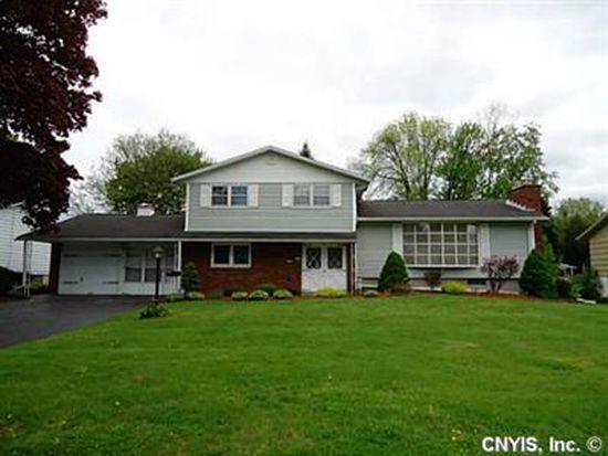 213 Colony Park Dr, Liverpool, NY 13088
