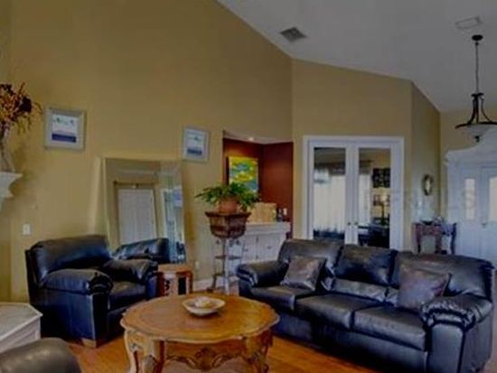 7460 Colonial Ct, Sanford, FL 32771