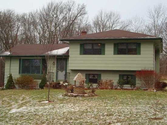 2302 Mt Hope Rd, Middletown, NY 10940