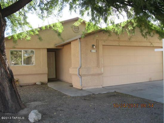 6110 N April Dr, Tucson, AZ 85741