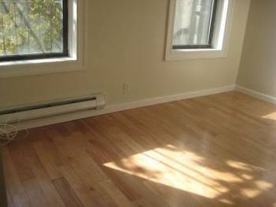 210 W 107th St APT 2G, New York, NY 10025