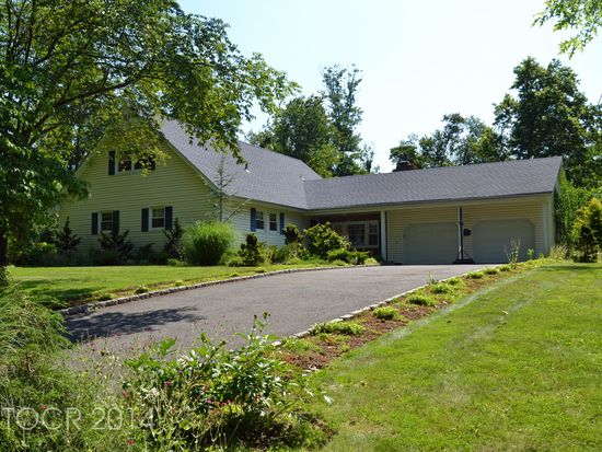 153 Fox Dr, Allendale, NJ 07401