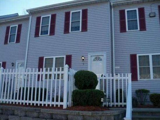 5239 N Main St APT 5, Fall River, MA 02720