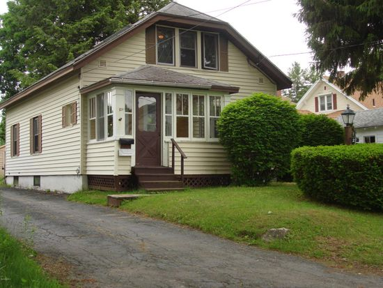 27 Westover St, Pittsfield, MA 01201