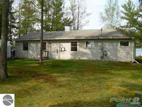 14804 Williams Dr, Elk Rapids, MI 49629
