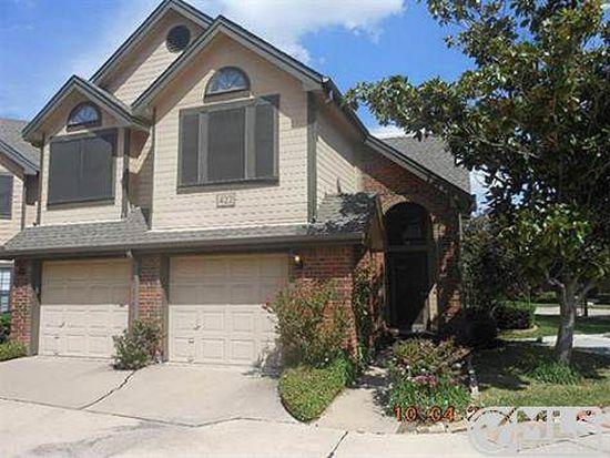 422 Santa Fe Trl APT 14, Irving, TX 75063