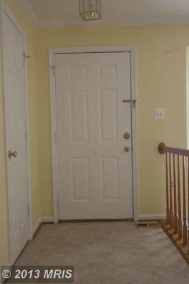 6766 Jenny Leigh Ct, Centreville, VA 20121