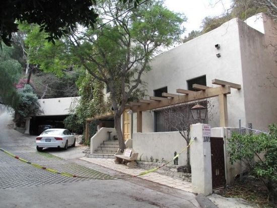 1001 N Beverly Glen Blvd, Los Angeles, CA 90077