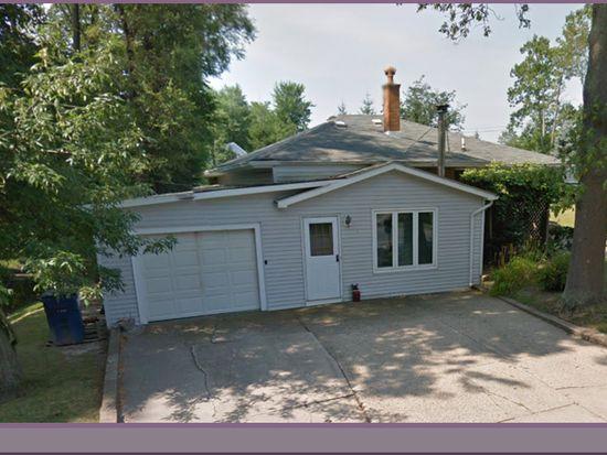 45 Hennepin Rd, Amherst, NY 14228