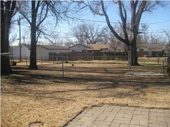 243 N Twin Pines Ave, Haysville, KS 67060