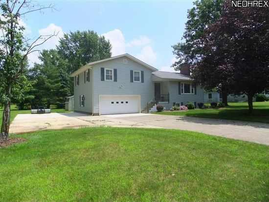 228 Water St, Seville, OH 44273