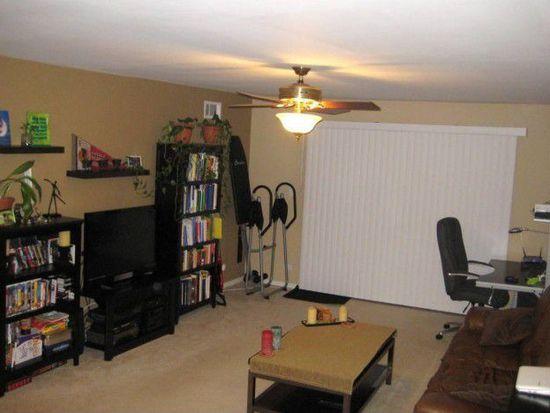 4B Kingery Quarter APT 206, Willowbrook, IL 60527