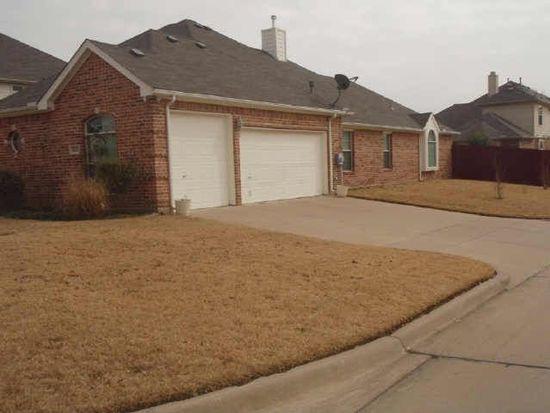 1613 Chateau Ln, Mansfield, TX 76063