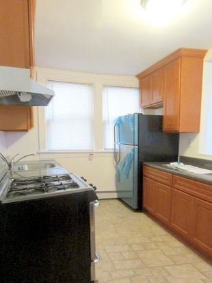 3129 Sands Pl, Bronx, NY 10461