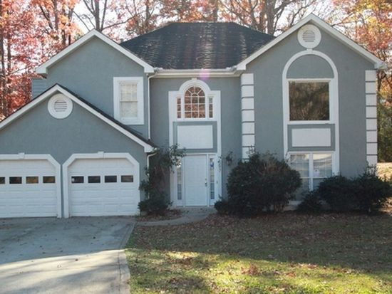 597 Old Friar Tuck Ln, Stone Mountain, GA 30087