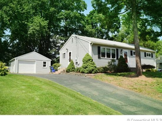 104 Janet Dr, East Hartford, CT 06118