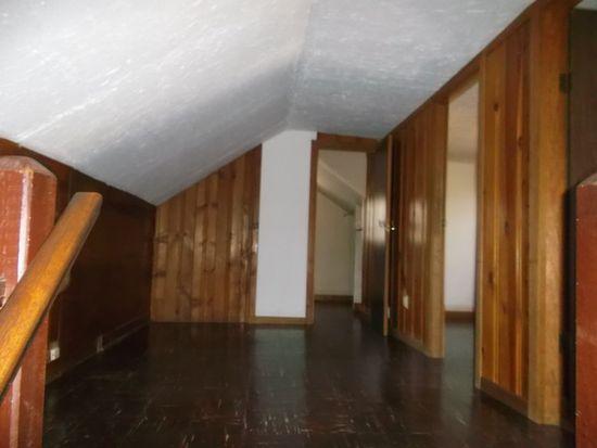 420 Midway Dr, Mundelein, IL 60060