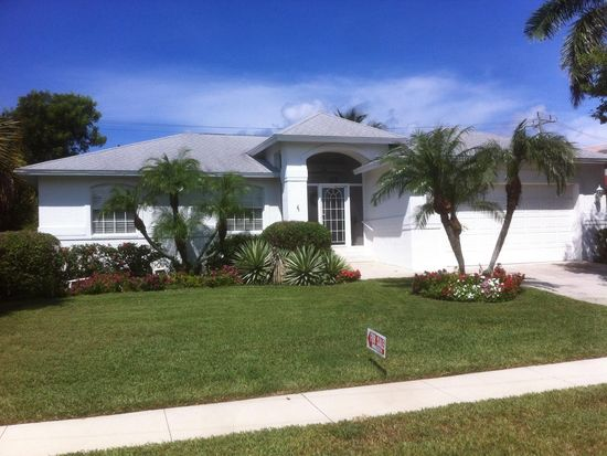 108 W Flamingo Cir, Marco Island, FL 34145