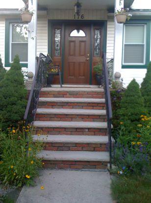 176 Dongan St, Staten Island, NY 10310