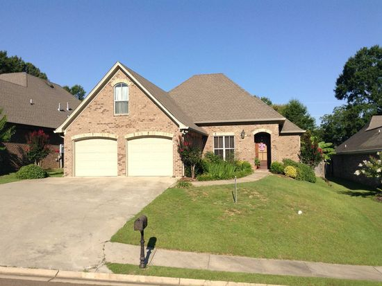 315 Carr Meadow Dr, Ridgeland, MS 39157