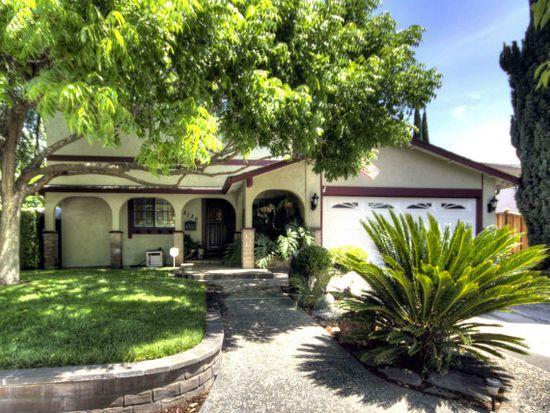 5126 Derek Dr, San Jose, CA 95136