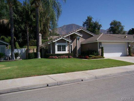 29030 River Run Ln, Highland, CA 92346