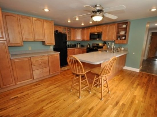 43 Kennett St, Conway, NH 03818