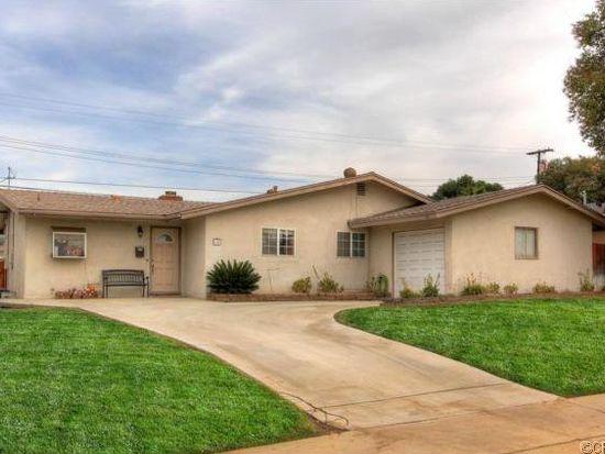 15 Brookdale Dr, Redlands, CA 92373