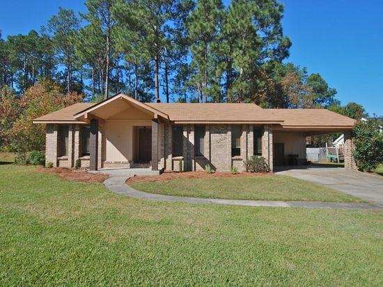726 Berkshire Dr, Hattiesburg, MS 39402