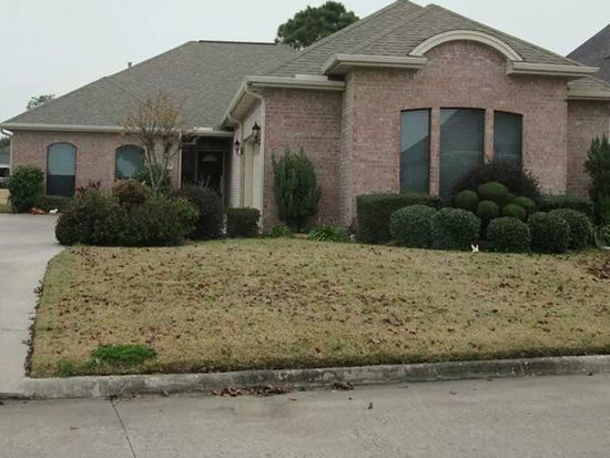 7617 Golfhill Dr, Port Arthur, TX 77642