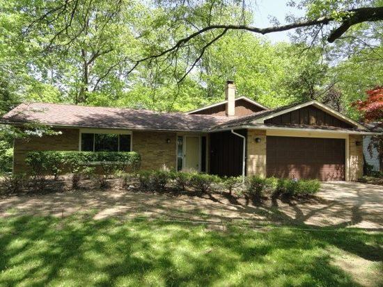 361 Balmoral Dr, Richmond Heights, OH 44143