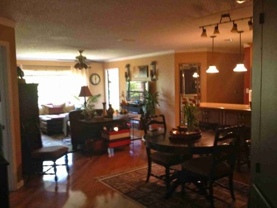 1063 Normandy Trace Rd, Tampa, FL 33602
