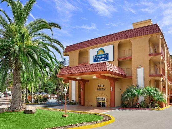 5343 Adobe Falls Rd, San Diego, CA 92120