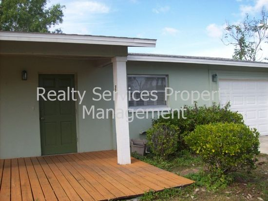 412 Muskegon Ave, Fort Myers, FL 33905